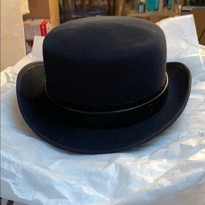 Chanel Paris-Dallas Fur Felt Hat (Navy Blue)